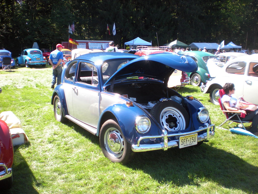 Two-Tone 1967 Beetle