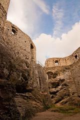 IMG_0972 (psaid) Tags: building castle ruins ruin poland polska ruina zamek małopolska budynek ruiny budynki ogrodzieniec zamki budowle budowla średniowiecze maopolska ma³opolska redniowiecze