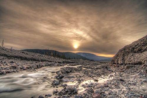 フリー画像| 自然風景| 河川の風景| 朝日/朝焼け| HDR画像|       フリー素材|