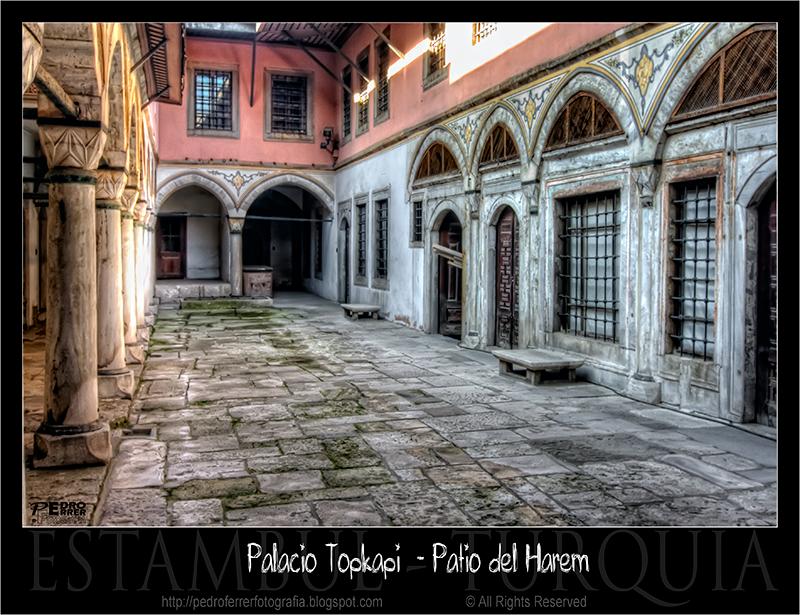 Palacio Topkapi - Patio del Harem