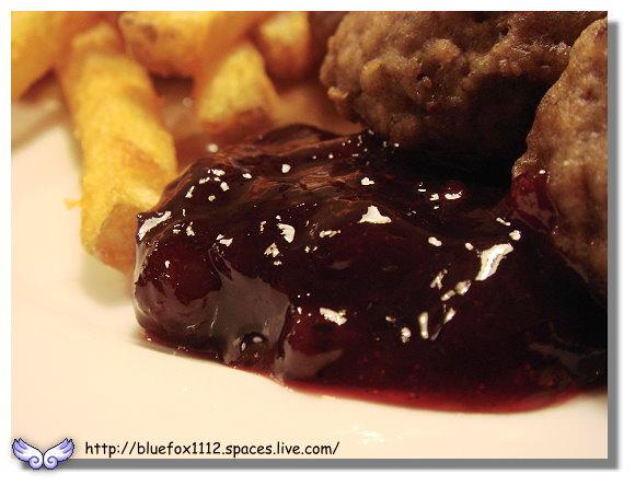 091025IKEA早午餐06_瑞典烤肉丸-越橘果醬