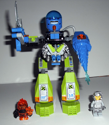 2010 LEGO Power Miners 8189  Magma Mech - Completed, Minifigs