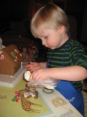 IMG_6002 (LilMissBossy) Tags: christmas house gingerbread cuties