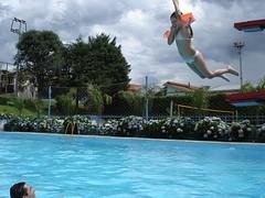 pulou do trampolim (Angelo Virgilio) Tags: camila gabriela nós