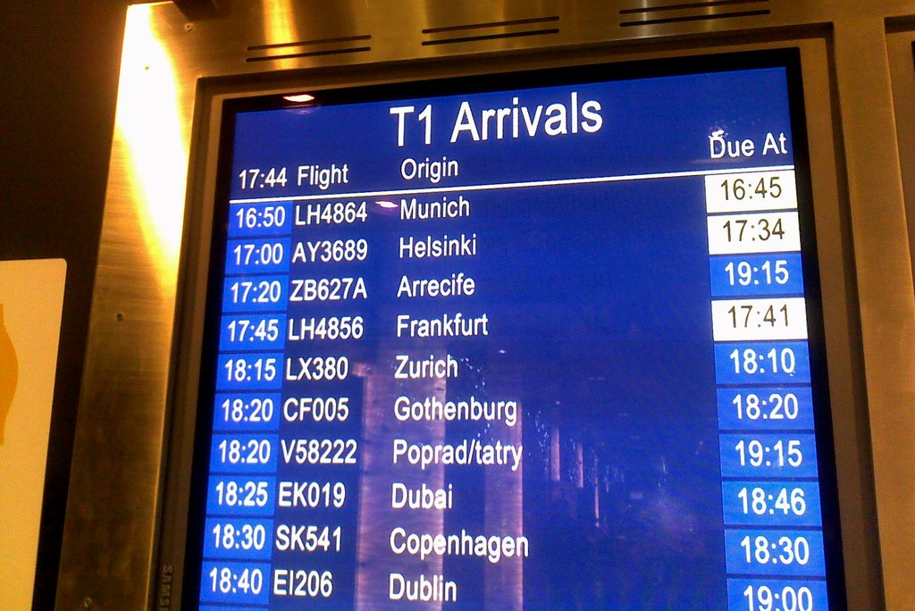 Project 365 #363: 291209 Delayed Arrival
