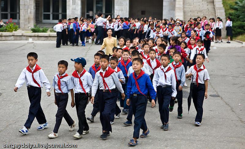 Заповедник коммунизма Или как живется детям в Северной Корее