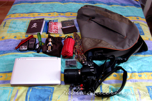 Whats in my bag 02