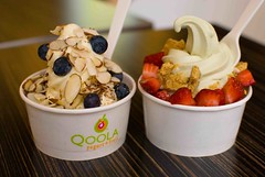 Qoola's frozen yogurt (intercrew17) Tags: dessert strawberry almond richmond blueberry aberdeen thursday grahamcracker greenteayogurt lycheeyogurt qoolafrozenyogurtfruit