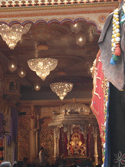 Dagdusheth Halwai Ganapati Decoration Pune 2009 (rishil rangdale) Tags: photos decoration 2009 pune ganapati ganpati dagdusheth ganapatifestival halwai gananpati puneganeshutsav rishilrangdale ganeshfestival2009 rishilrangdalephotos tambdijogeshwari punemaanacheganapatiphotos2009 ganeshfestival2009photos