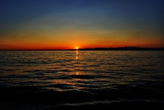Sunset (Sareni) Tags: light sunset sea summer sky sun reflection water clouds lights evening nikon waves july wave more slovenia slovenija 2009 voda adriatic isola jadran twop izola d60 nikond60 jadranskomore sareni