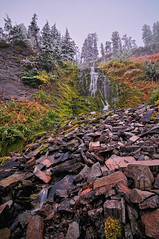 Snowy Vidae Falls, Crater Lake NP (Fort Photo) Tags: trees mist lake snow fall nature fog forest landscape waterfall moss nikon rocks nps foggy falls crater craterlake cascade 2009 mossy conifers d300 craterlakenationalpark vidaefalls tokina1116