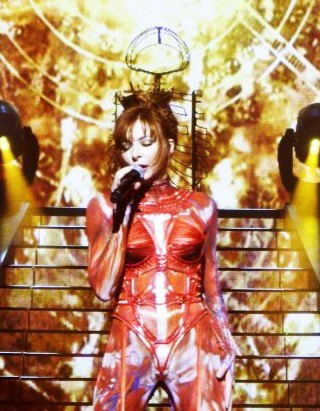 Tour_2009_de_Mylene_Farmer