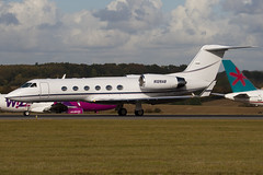 N128AB - 1501 - Private - Gulfstream G400 - Luton - 091023 - Steven Gray - IMG_2861