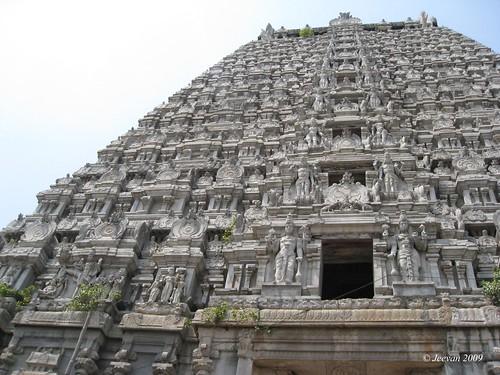 Tirukkoyilur Gopuram