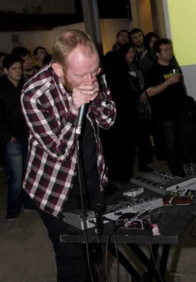 Esquilax_Vivid_Birmingham_Dec09-3