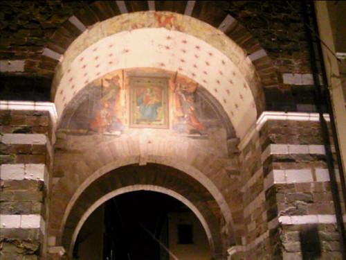 Lucca arch frieze