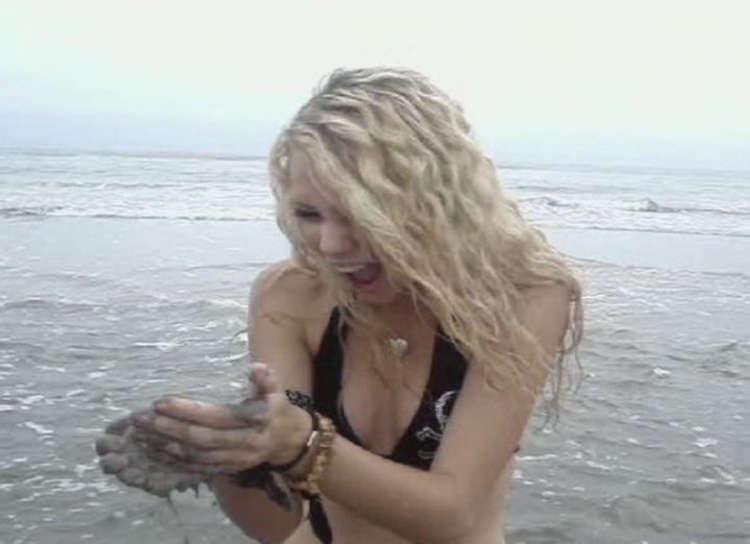 Taylor Swift en Bikini tortuga