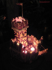(feenwerkstatt) Tags: castle gingerbread candlelit lebkuchen