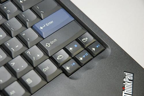 2009 ThinkPad USB小紅點鍵盤 - 18