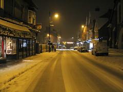 High Street, Tring (Jamie Arnold) Tags: snow tring