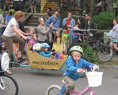 Cirque du Cycling_22 (METROFIETS) Tags: green beer bicycle oregon garden portland construction paint nw box handmade steel weld coat transport craft cargo torch frame pdx custom load cirque woodstove builder haul carfree hpm suppenkuche stumptown paragon stp chrisking shimano custombike cargobike handbuilt beerbike workbike bakfiets cycletruck rosecity crafted 4130 bikeportland 2011 braze longjohn paradiselodge seattlebikeexpo nahbs movebybike kcg phillipross bikefun obca ohbs jamienichols boxbike handmadebike oregonhandmadebikeshow nntma hopworks metrofiets cirqueducycling oregonmanifest matthewcaracoglia palletbike oregonframebuilder seattlebikeshow bikefarmer trailheadcoffee cargbikerace