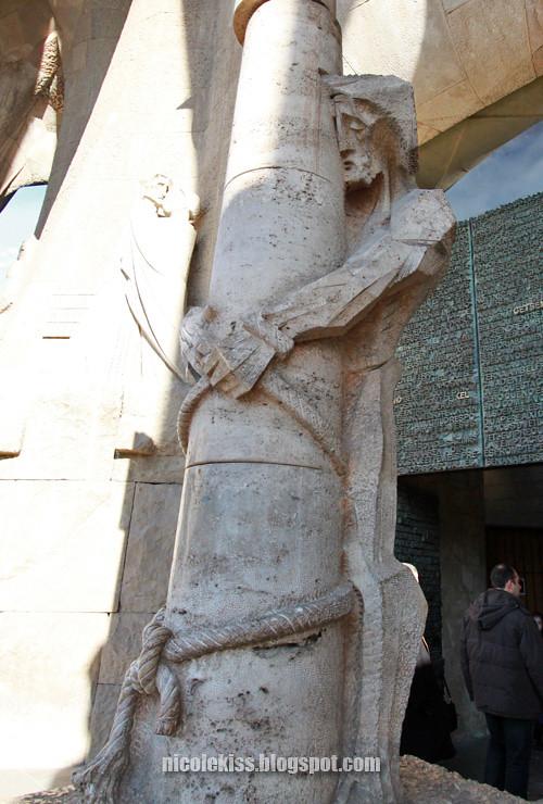 jesus on a pillar
