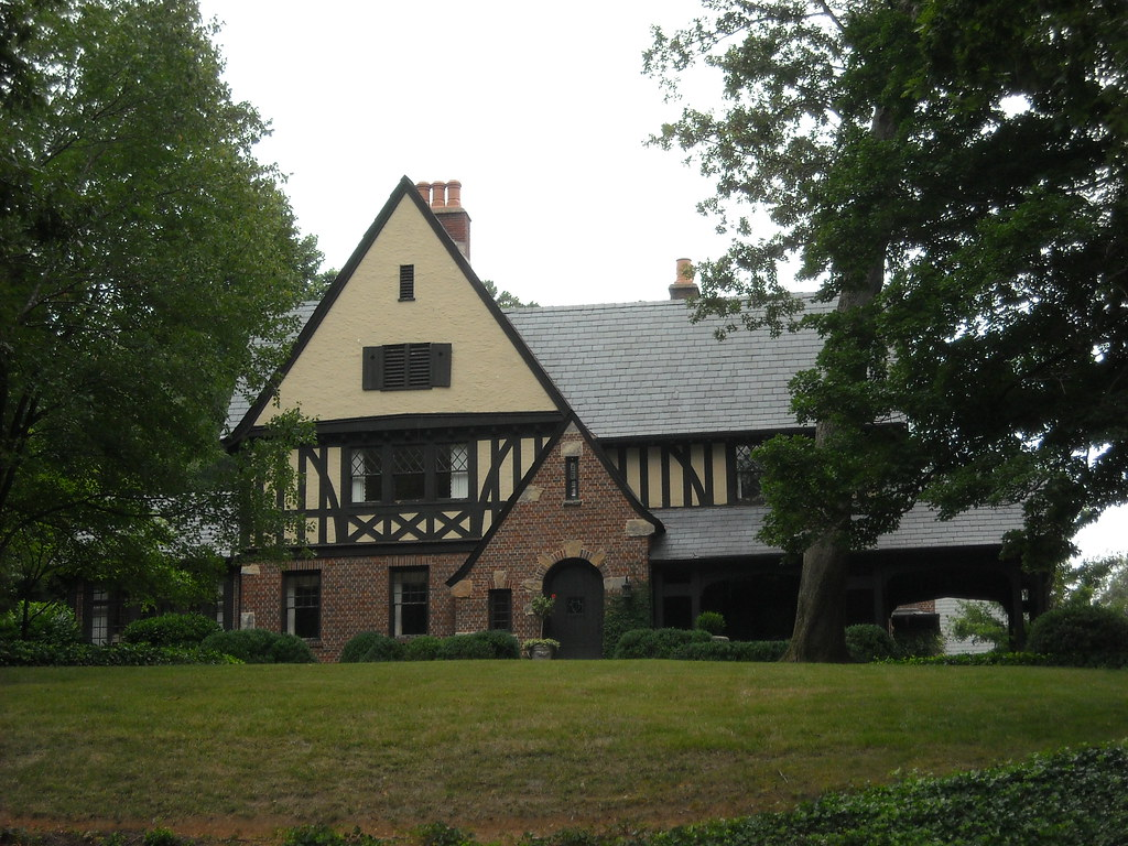 Home Interior Design Tudor English Style