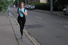 Vzhůru na první závod: Může za to Leona