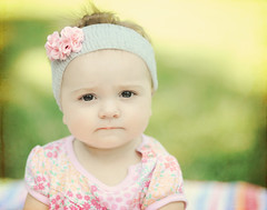 Funny Face (Shana Rae {Florabella Collection}) Tags: summer flower green texture nikon gorgeous 85mm naturallight 10monthsold thursday headband mybabygirl explore7 d700 shanarae florabellatextures hereyesreallyarethatdarkandherskinreallyisthatperfectnoppshesmylittledollface