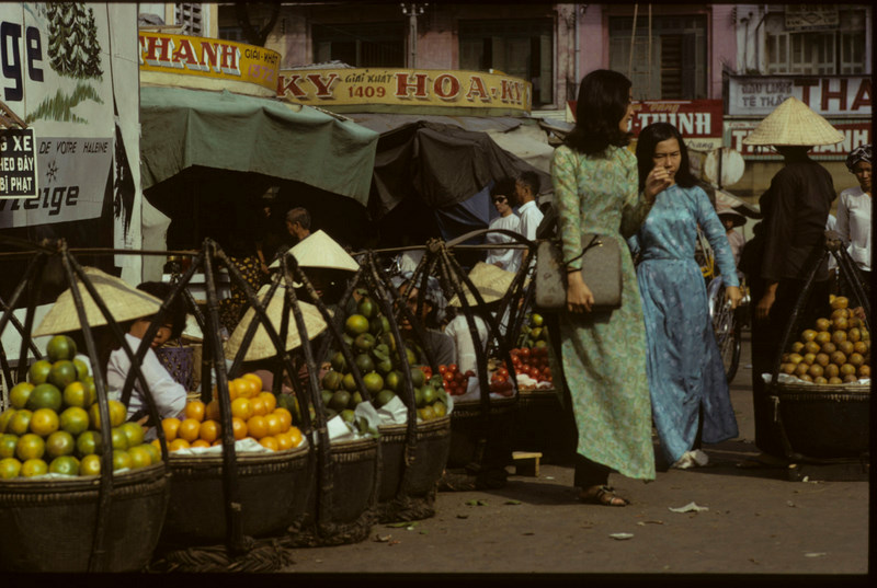 Saigon_Market