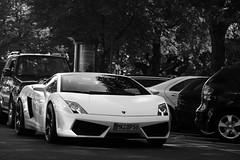 Lamborghini Gallardo LP560-4 (Jeroen Buitenhuis) Tags: 15augustus2009 jeroen buitenhuis canon eos 50d 17 85 ef s 50 d lamborghini gallardo lp 560 4 lp560 v10 dusseldorf germany