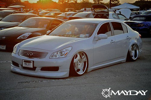 Zeems Super Slammed G35 Sedan