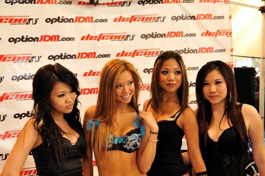Asian girls toronto, hotel maid flash gif