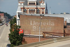 Uneeda Biscuit-Dubuque,IA (David Sebben) Tags: bridge iowa casino mississippiriver cracker dubuque uneedabiscuit ghostsign