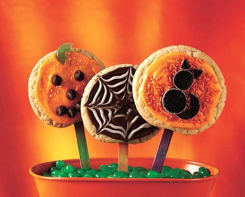 RECIPE: Halloween Party Pops
