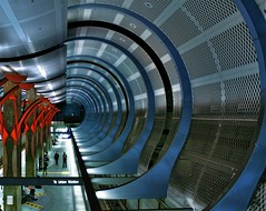 Hollywood underground (Andy Kennelly) Tags: california station architecture underground subway losangeles los angeles union tube rail highland hollywood redline metrorail kennelly ajax8055