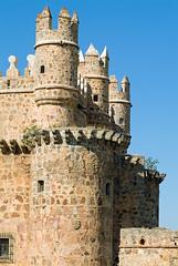 Castillo de Guadamur (TerePedro) Tags: espaa castle spain chateau schloss castillo lamancha castilla aboutiberia