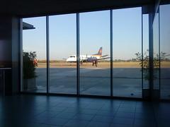 Aeropuerto Rosario (Daniel.Lgnes) Tags: de sala rosario aeropuerto avion embarque fisherton sollineasaereas aeropuertoislasmalvinas
