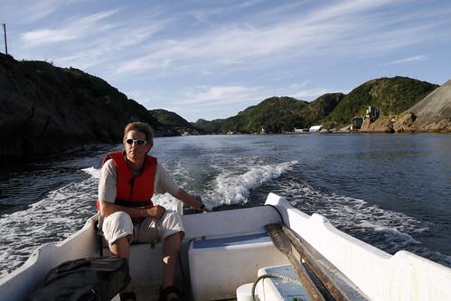 Man trenger båt for å komme seg ut til fyret på Lille Presteskjær.