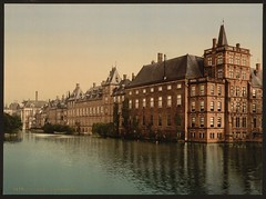 [Vijverberg, Hague, Holland] (LOC) (The Library of Congress) Tags: denhaag libraryofcongress hofvijver mauritshuis binnenhof parliamentbuilding vijverberg torentje xmlns:dc=httppurlorgdcelements11 mauritstoren dc:identifier=httphdllocgovlocpnpppmsc05812