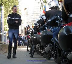 IMG_0068 R id (bootsservice) Tags: paris motorcycles uniforms garde cavalry weston motards cavalerie uniformes républicaine