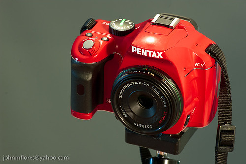 Red Pentax K-x with SMC Pentax-DA 40mm/F2.8 Limited