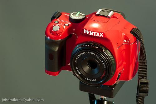Red Pentax K-x with SMC Pentax-DA 40mm/F2.8 Limited