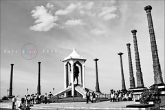 Landmark (Kals Pics) Tags: india beach photoshop nikon landmark adobe 1855mm pondicherry lightroom gandhiji balckwhite d40