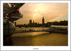 Sunset on the Houses of Parliament (flatfoot471) Tags: england london westminster housesofparliament londoneye