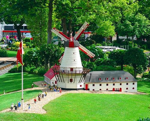 Legoland - mill