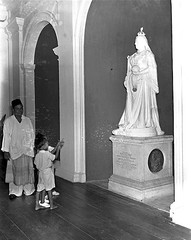 Queen Victoria Statue in Government House, 1953