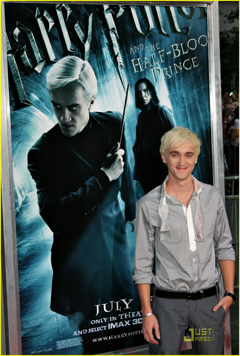 tom-felton-hot-topic-06