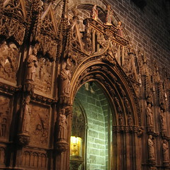 Gothic art: Holy Chalice Chapel/ Capilla Santo Cliz/ Capela Santo Clice (jovidoes) Tags: city sculpture art history church valencia photo interesting flickr gallery foto photographer arte cathedral photos top si gothic center escultura explore flu aula photostream belleza visin percepcion finearts equilibrio armona capilla gtico orfebreria sellection expolore comunitatvalenciana ltimacena santocliz jovidoes joaquinvicente joaquinvicenteespilluch joaquinespi joaquinespilluch
