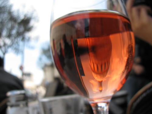 glass of rosé near the Panthéon